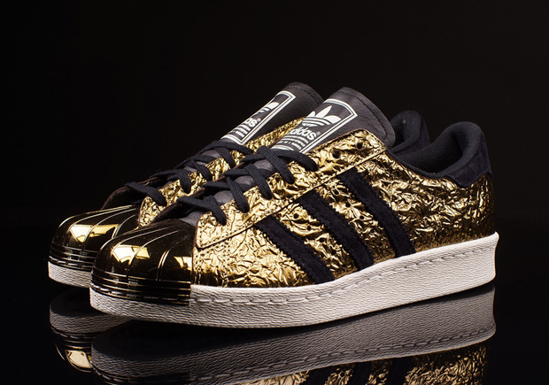 adidas-superstar-80s-metal-toe-gold-foil-01