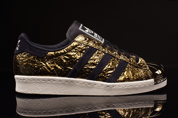 adidas-superstar-80s-metal-toe-gold-foil-02