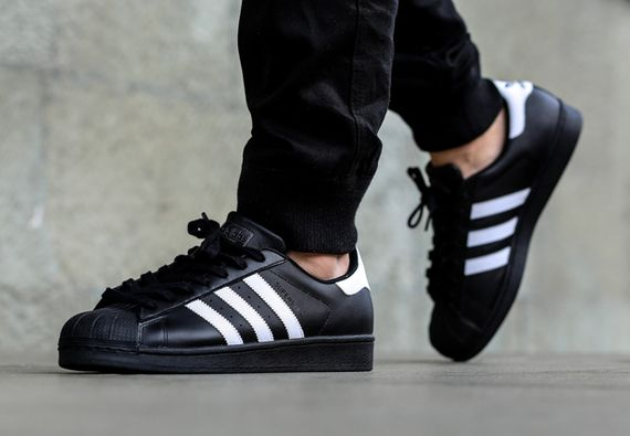 adidas-superstar-black-white