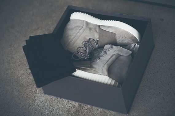 adidas-yeezy 750 boost-global release info_02