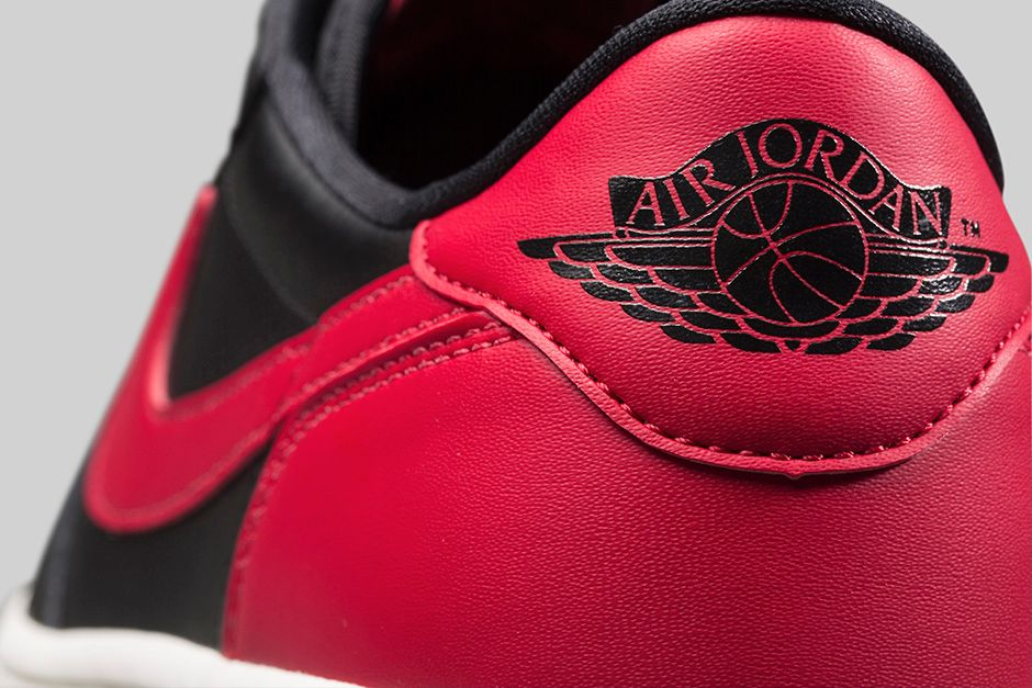 air-jordan-1-bred-low-4