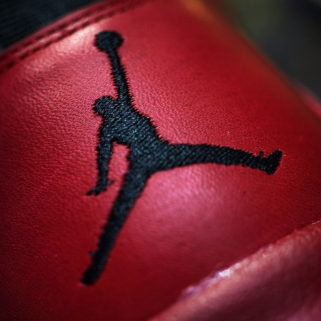 air-jordan-10-bulls-over-broadway_02