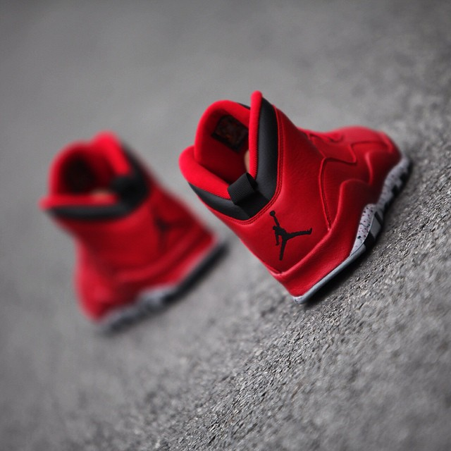 air-jordan-10-bulls-over-broadway_07