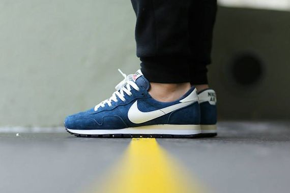 nike-air peg 83 pigskin-squad blue