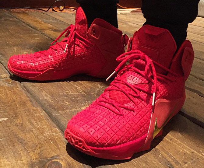 nike-lebron-12-all-red-october
