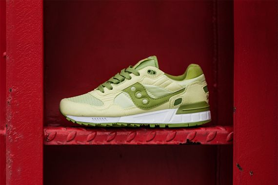 saucony wmns-shadow 5000-lime