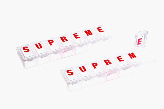 supreme-ss15-accessories_03