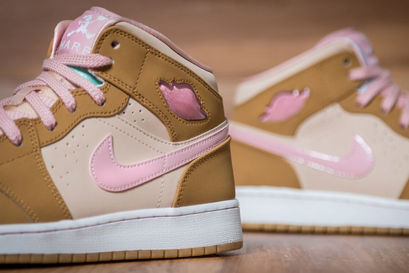 Air-Jordan-1-Mid-WB-GS-Lola-Bunny_result