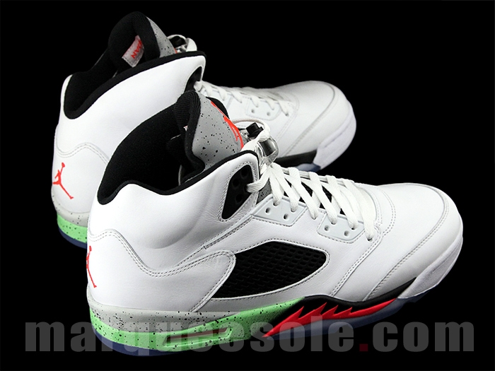 Air-Jordan-5-V-Retro-Space-Jam-3