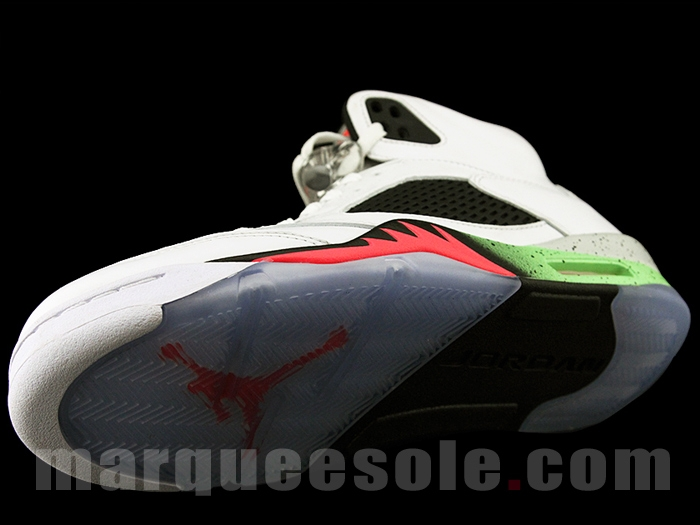 Air-Jordan-5-V-Retro-Space-Jam-5
