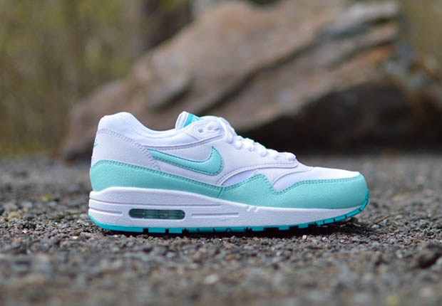 Nike-Womens-Air-Max-1-Artisan-Teal