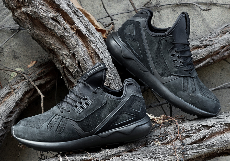 adidas-tubular-triple-black-01