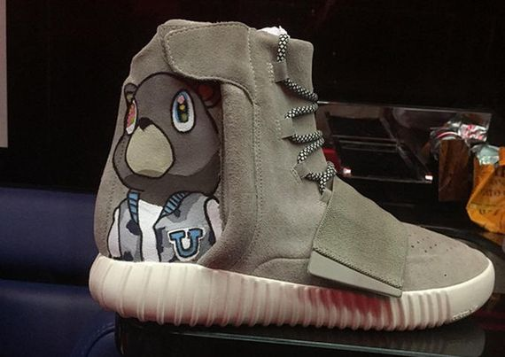 chris brown-yeezy boost custom