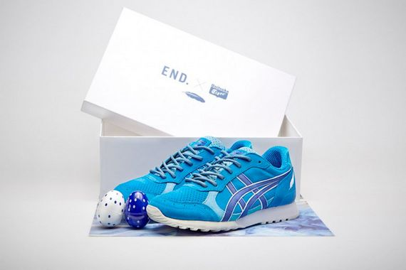 end-onitsuka tiger-bluebird-close
