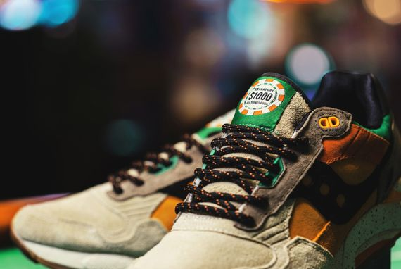 feature-saucony-g9 shadow 5-pumpkin