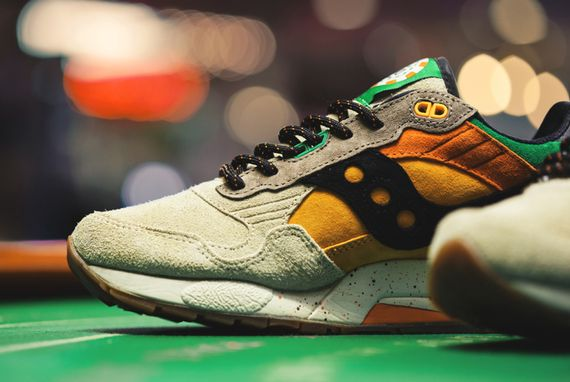 feature-saucony-g9 shadow 5-pumpkin_02