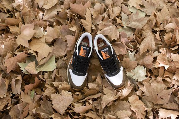 hal-reebok-classic leather-autumn leaves
