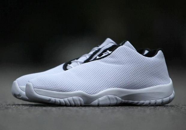 jordan-future-low-white-black-1