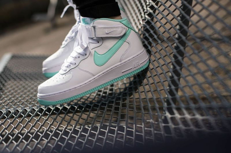 nike-air-force-1-artisan-teal_02_result