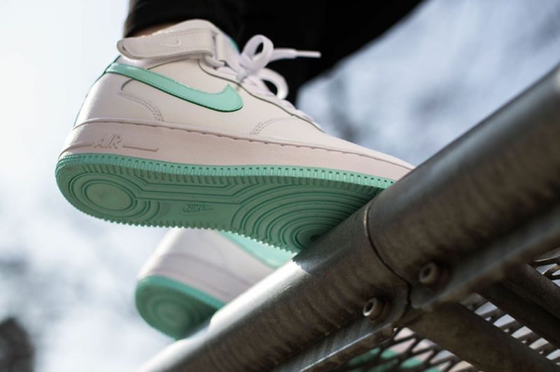 nike-air-force-1-artisan-teal_result