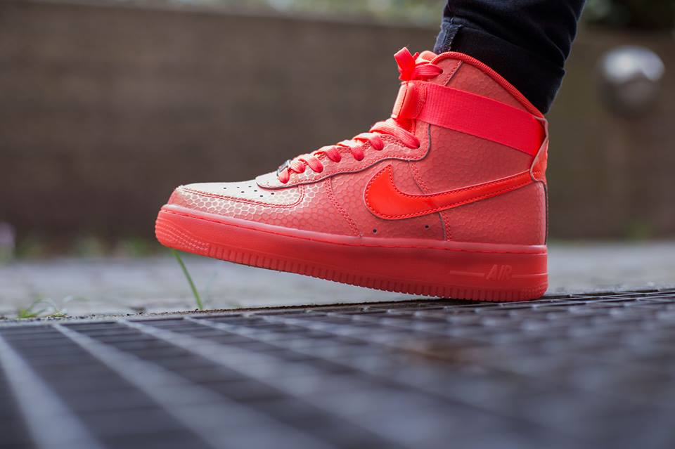 nike-air-force-1-high-premium-hot-lava-1