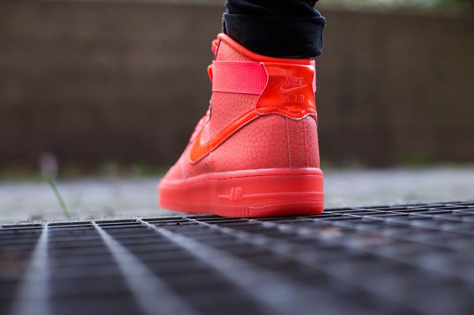 nike-air-force-1-high-premium-hot-lava-2