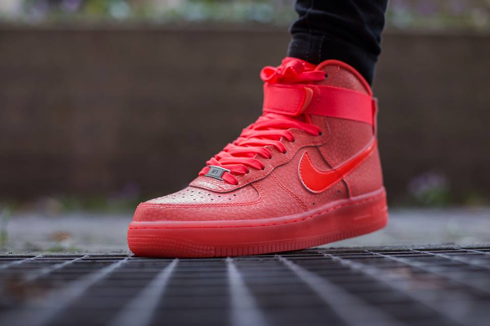 nike-air-force-1-high-premium-hot-lava-3