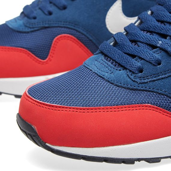 nike-air max 1 essential-navy-red_03