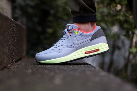 nike-air max 1 fb-wolf grey-liquid lime