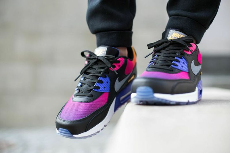 nike-air-max-90-sd-gradient_02_result