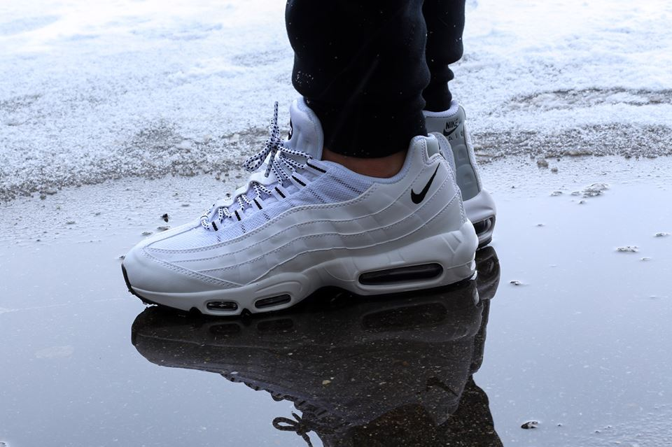 nike-air-max-95-white-black-1