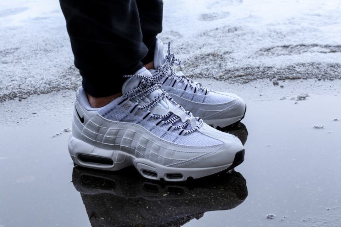 nike-air-max-95-white-black-681x4531