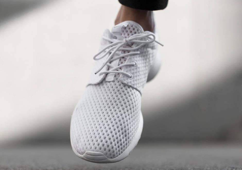nike-roshe-run-breeze-white-wolf-grey-2