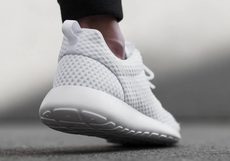 nike-roshe-run-breeze-white-wolf-grey-3