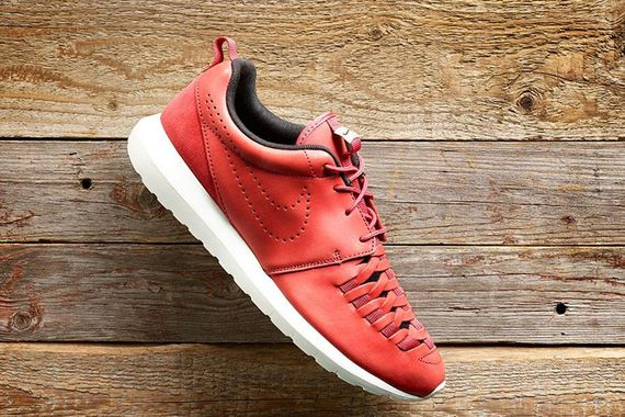 purchase cheap 82f02 ebb29 nike-roshe run nm woven-pueblo red
