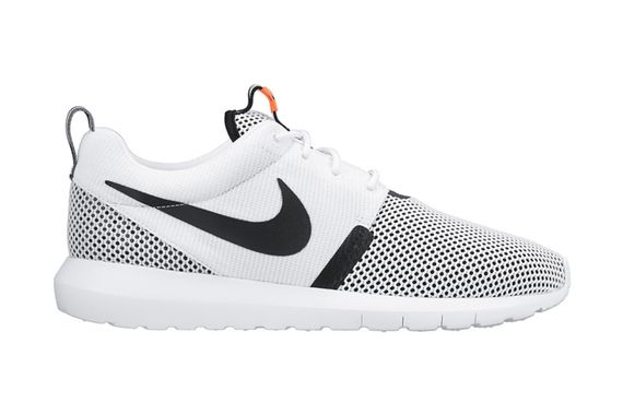 nike-roshe run-white-black-hot lava
