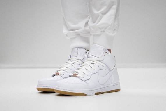 nike-white hot-pack_02