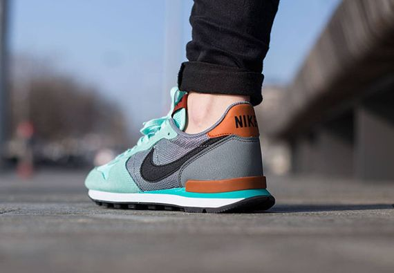nike wmns-internationalist-artisan teal_02