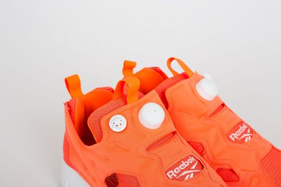 reebok-insta pump fury tech-solar orange_02