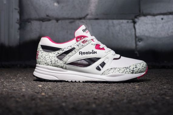 reebok-ventilator-white-pink-black