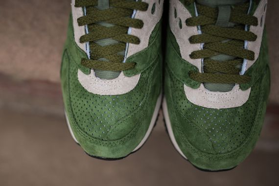 saucony-courageous-green-orange_03