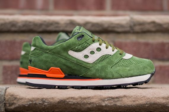 saucony-courageous-green-orange_06