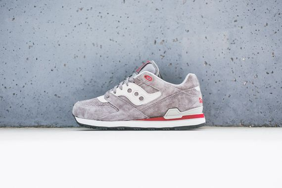 saucony-courageous-grey