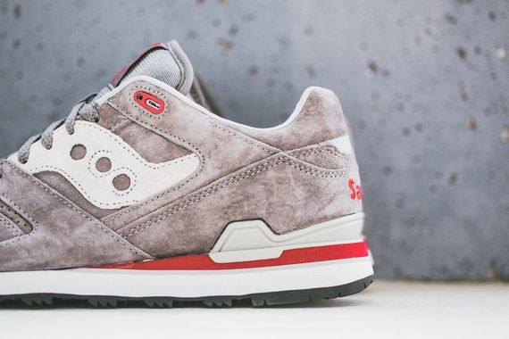 saucony-courageous-grey_02