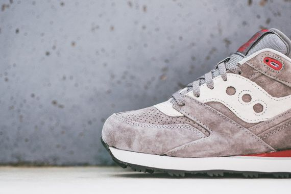 saucony-courageous-grey_03