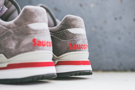saucony-courageous-grey_04