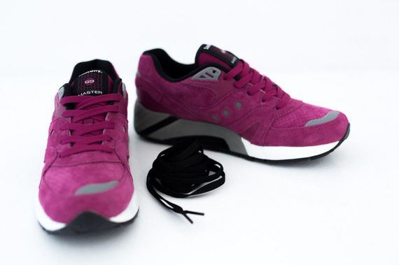 saucony-g9-neon night-wine