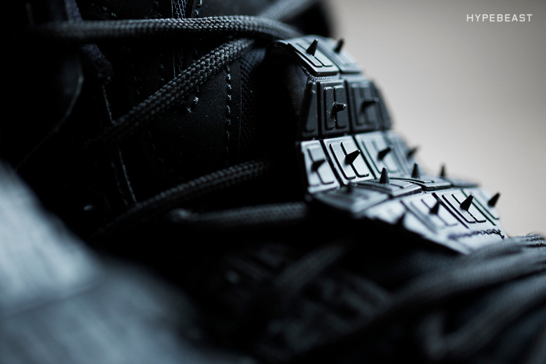 a-closer-look-at-the-nike-lebron-12-ext-rubber-city-4