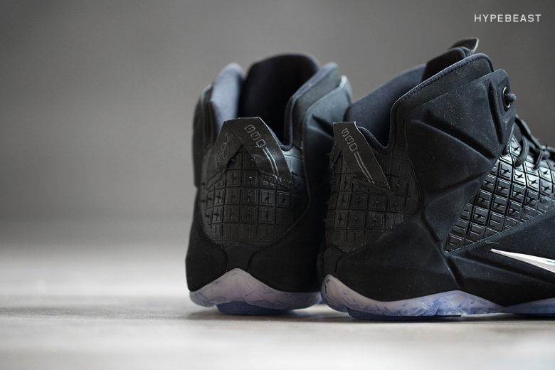 a-closer-look-at-the-nike-lebron-12-ext-rubber-city-8