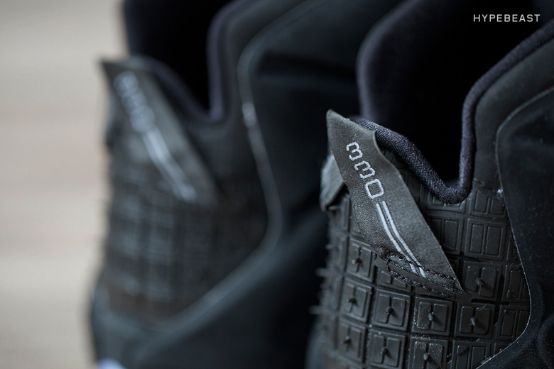 a-closer-look-at-the-nike-lebron-12-ext-rubber-city-9